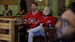 Montrealers watch their Canadiens level NHL playoff series with the Golden Knights on a terrasse