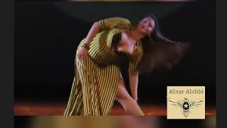 رقص شرقي بلدي على انغام اغنيه احمد شيبة اه لو لعبت يازهر