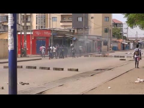 Protests continue in Togo despite ban on weekday demonstrations