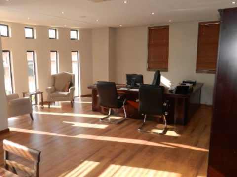 Offices For Sale in Silver Lakes, Pretoria, South Africa for ZAR R 8 320 000