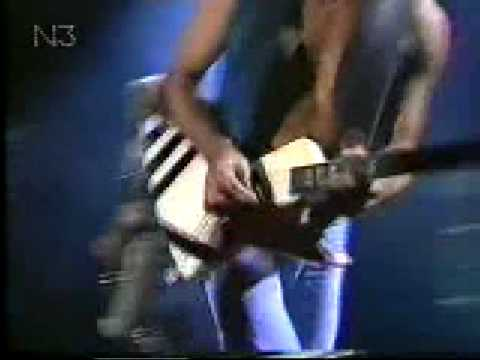 Scorpions, Tease Me Please Me  In Bremerhaven 1996