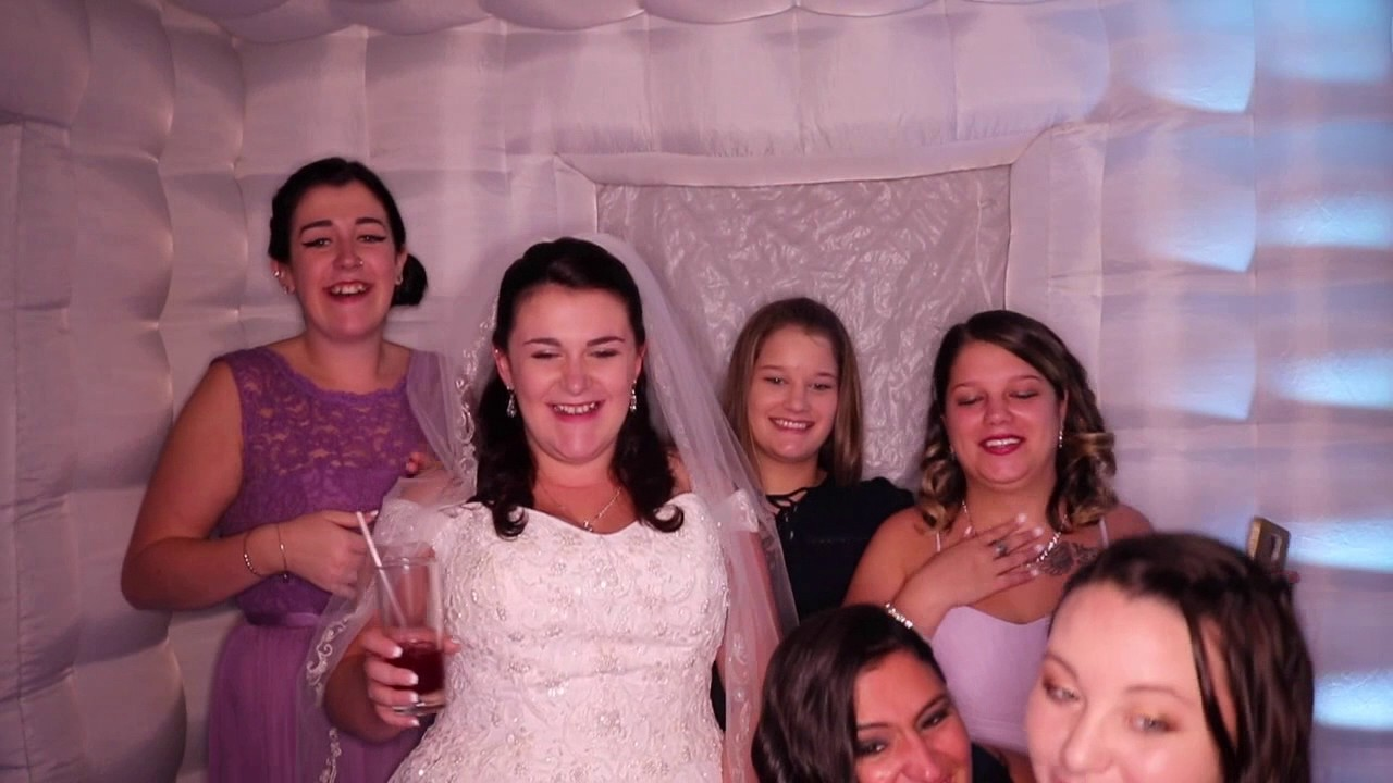 S R Wedding Photo Booth Fun Song Time Of Our Life By Pitbull Ne YO