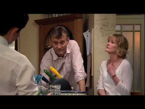 Divorce | Outnumbered Series 1 - Episode 4