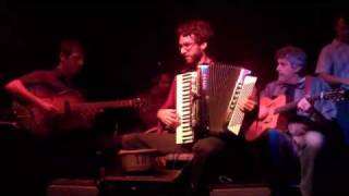 Play Limehouse Blues (Live)