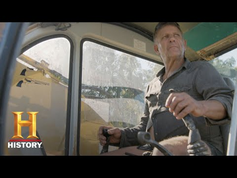 The Return of Shelby the Swamp Man: Treasure Hunting In The Bayou (S1, E1) | History Mp3