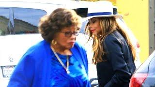 La Toya Jackson Helps Mom Katherine In Brentwood