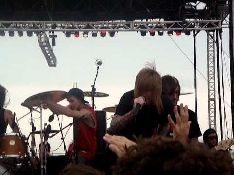 A Skylit Drive - Love the Way You Lie (Live at South By So What 2012)