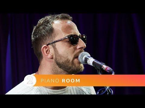 James Morrison - My Love Goes On (Radio 2 Piano Room)