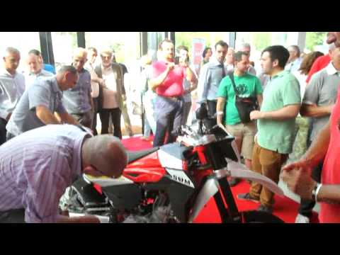 Maroni alla presentazione del primo modello Swm Motorcycles