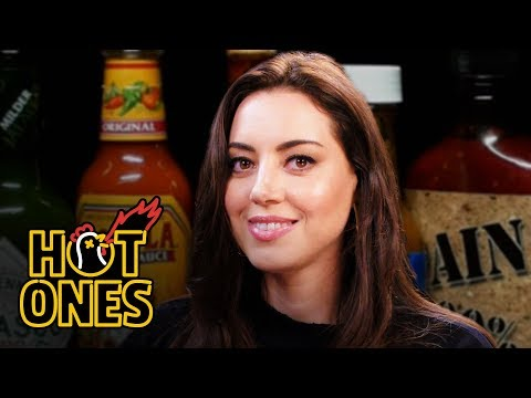 Aubrey Plaza Snorts Milk While Eating Spicy Wings | Hot Ones