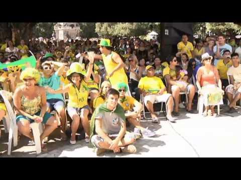 Amazônia News | Torcedores comemoram a classificação do Brasil nas oitavas de final da Copa 2014