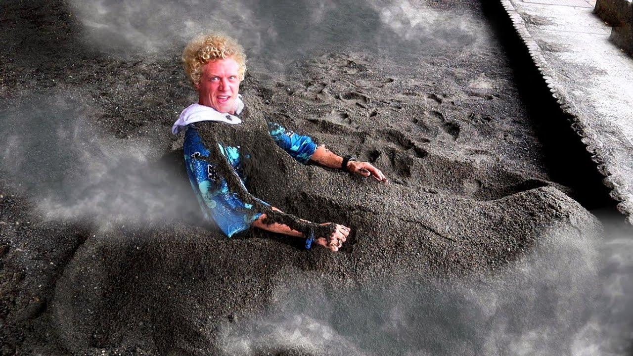 Volcanic Sand Bath The Lost Island Ibusuki Japan Youtube