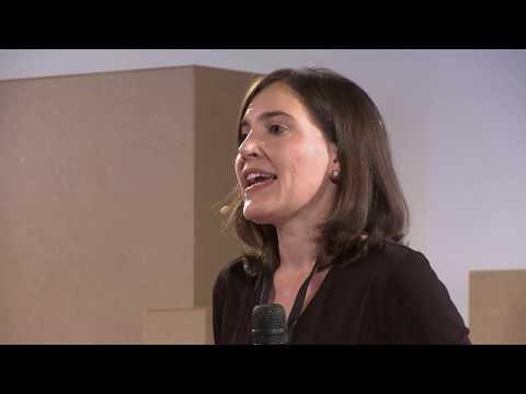Placebo: seducir en tiempos revueltos | Marián García | TEDxCiutatVellaDeValencia