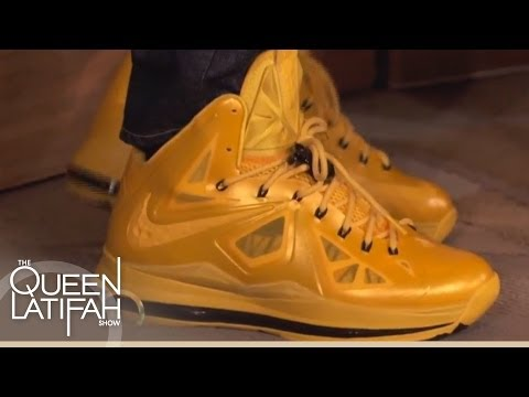 DJ Qualls s Off His Shoes