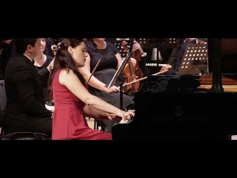 """Travel Notebook"" performed by Anna Ulaieva/Dmitry Yablonsky"