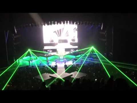 Pitbull in Las Vegas, NV, 09/16/16 (The Axis)