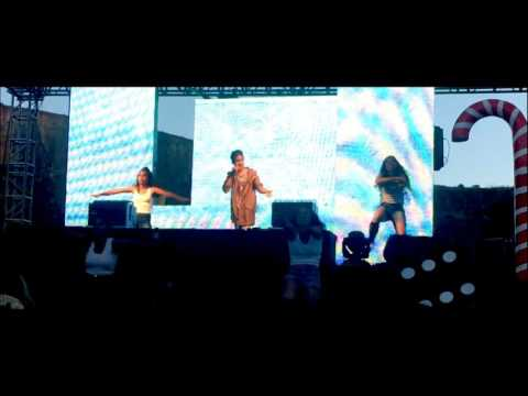 14yr old Mykyle Live at Valley of Lights in Cape Town performing for 2400