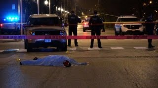 WARNING GRAPHIC, Chicago Police Kill Man after Shooting 2 others in Homan Square
