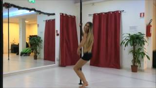 Pole dance - livello base - ATTITUDE SPIN
