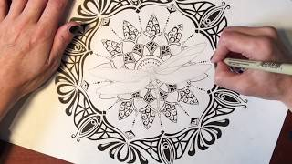 Speed Drawing 13 min version : Dragonfly Mandala with a little art nouveau and art deco inspiration.