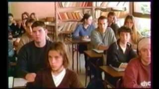 """EXTRAIT - Film """"Les Savates du Bon Dieu"""""""