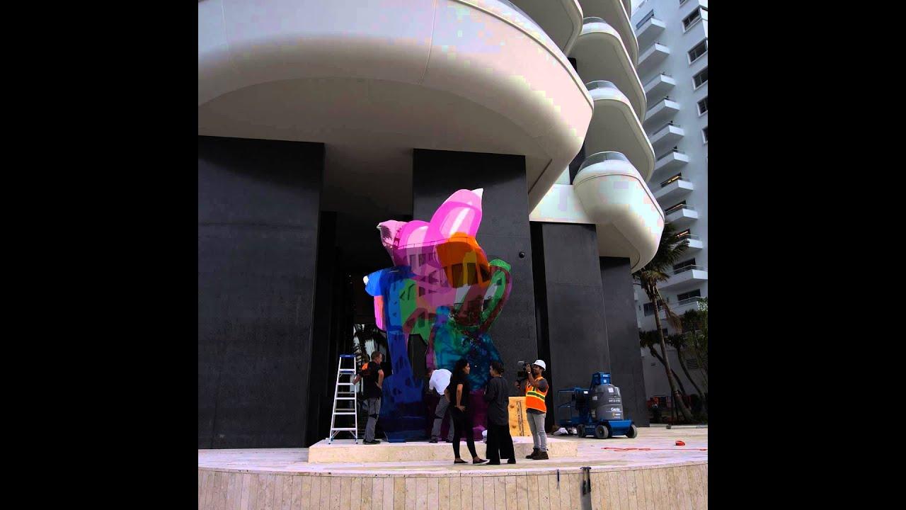 Jeff Koons / Coloring Book - YouTube