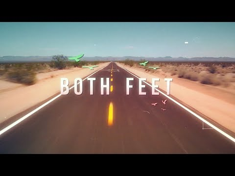 Gia Yee - BOTH FEET (Official Lyric Video)