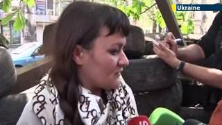 Kremlin-backed insurgents take journalists hostage: Pro-Russian gunmen kidnap Ukrainian reporter