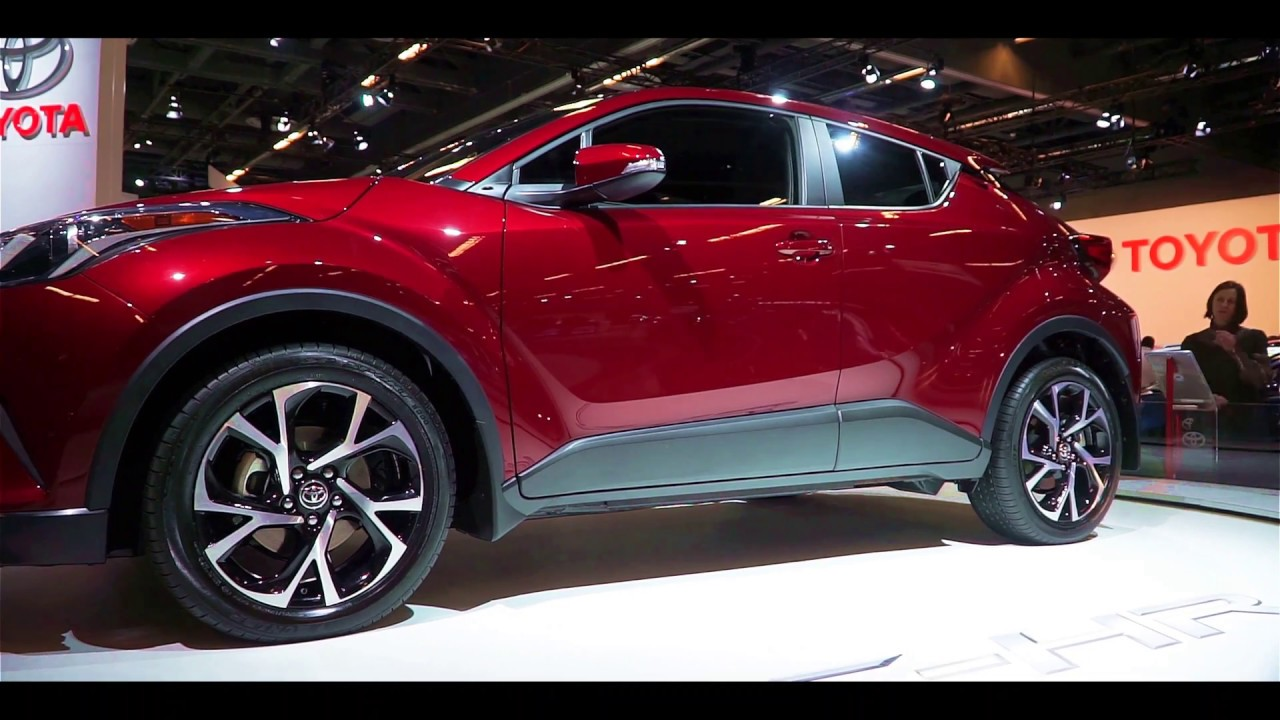 2018 toyota ch r 360 view in 4k montreal auto show 2017 xavc s sony 18 105mm g lens a6000 in. Black Bedroom Furniture Sets. Home Design Ideas