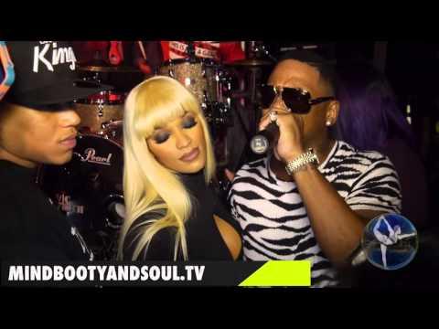 Stevie J sings love song to Joseline