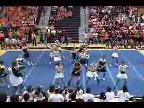 Powhatan Powder Puff Cheerleaders  08