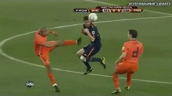 De Jong terrible foul on Alonso (Spain Vs Netherlands)