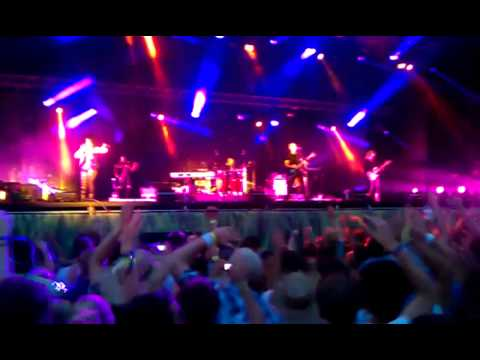 Moby SEA OF LOVE 2011 Live [HD]
