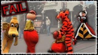 Gran Epic Fail, Caidas y peleas de muñecos en parques Disney