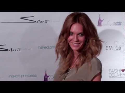 Jasmine Dustin attends Setorii Fashion  2012 Spring Collection in LA