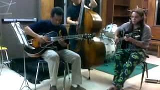 The Funkin' Skox Trio  - 2012 Sac Trad Jazz Camp