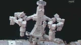 Meet DEXTER, the worlds first space robot !