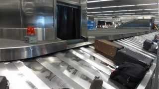 Video Baggage Claim San Francisco International Airport California download MP3, 3GP, MP4, WEBM, AVI, FLV Juni 2018