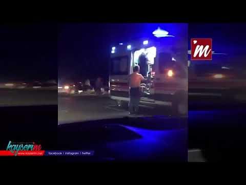 Otomobille çarpışan traktör ikiye ayrıldı: 4 yaralı