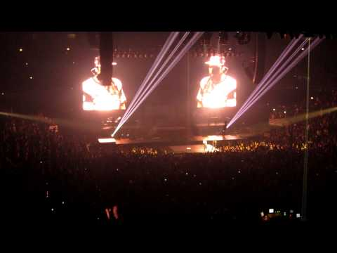 Encore Performance at Watch the Throne take six