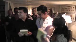 Murat Isik kust iedereen tijdens boekpresentatie