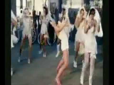 Pitbull Vs Black Eyed Peas Vs Lady gaga Vs Florida Vs Beyonce etj