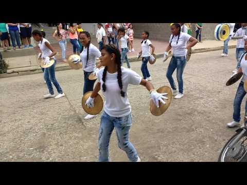Banda I.E. Currulao Defile Antioqueñidad Apartado 2016
