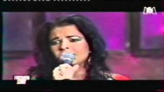 """Natacha Atlas """"Mon amie la rose"""" en duo avec Francis Cabrel 2/2.wmv"""