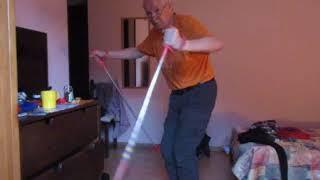 ВидеоУрок 2. Азы горнолыжной техники. Как нужно держать палки (MVI 1631)
