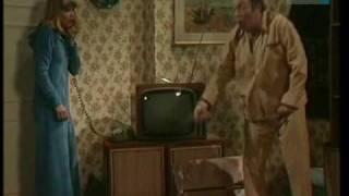 Kállai István: Mi került ezen a fotelon 7200 Ft-ba? (Márkus László, Almási Éva) Thumbnail