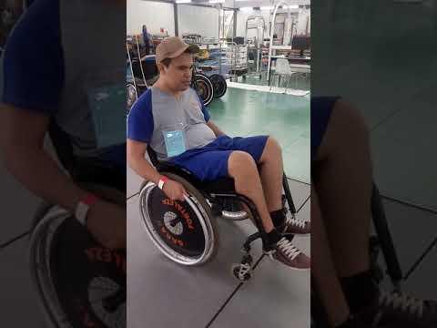 Aprendendo Impinar a Cadeira de Rodas Rede Sarah de Reabilitação
