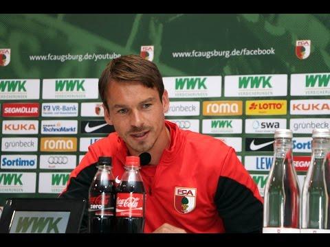 FC Augsburg: Presskonferenz vor Bayern-Derby