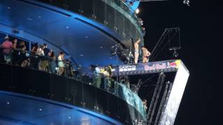 Night Out in Dubai - Red Bull Cliff Diving