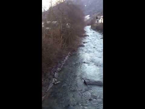 غروب الشمس ع نهر Ruetz في neustift im stubaital